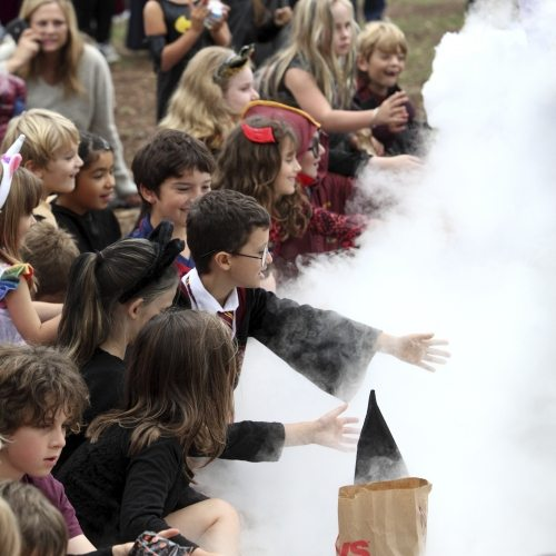 Kids Halloween punch with smoke